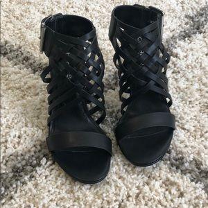 NEW- Charles David black leather heels. Size 7